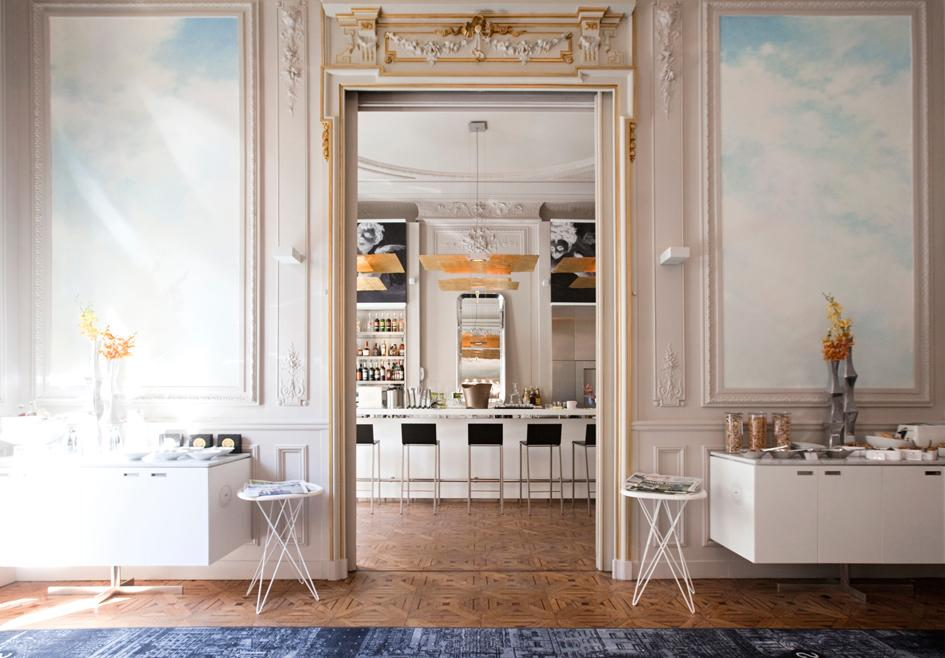 bar lounge marseille c2 hotel hotel luxe spa marseille. Black Bedroom Furniture Sets. Home Design Ideas